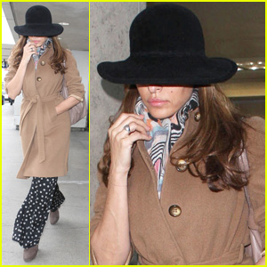 Eva Mendes To Launch Own Fashion Brand!