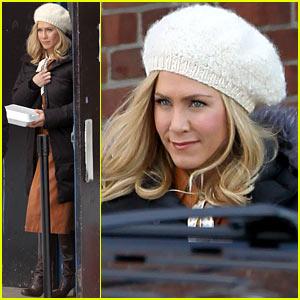 Jennifer Aniston: 'She's Funny That Way' Star!