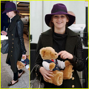 Jennifer Lawrence: Teddy Bear Departure in London!