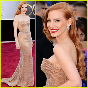 Jessica Chastain - Oscars 2013 Red Carpet