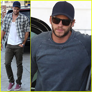 Liam Hemsworth: Lunch &#038; Gas Station Stop!