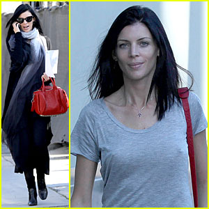 Liberty Ross: 'The Sixth Gun' Script Reader!