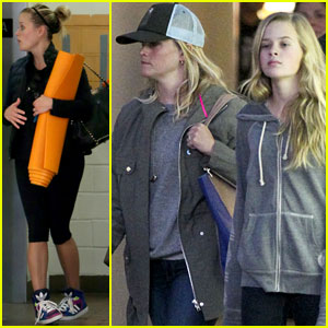Reese Witherspoon: Shopping with Ava!