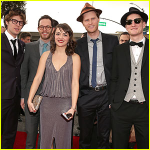 The Lumineers: Grammys 2013 Performance - WATCH NOW!