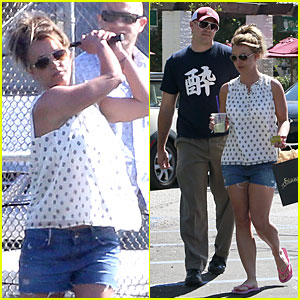 Britney Spears & David Lucado: Golfing Range Date!