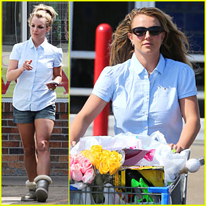 Britney Spears: Easter Shopping in Louisiana!
