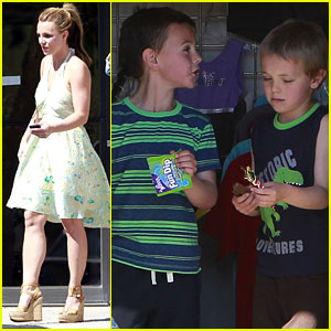 Britney Spears: Gymnastics with Sean & Jayden!