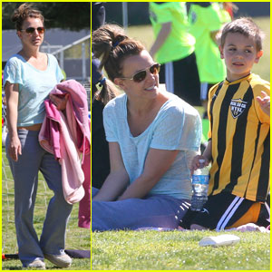 Britney Spears: Sunday Soccer Mom!