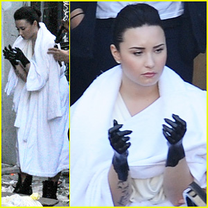 Demi Lovato: Black Painted Hands on 'Heart Attack' Video Set