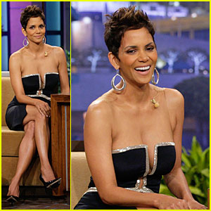 Halle Berry: Oscars Boob Song Didn't Offend Me!