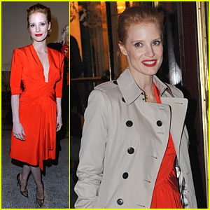Jessica Chastain: Saint Laurent Fashion Show!