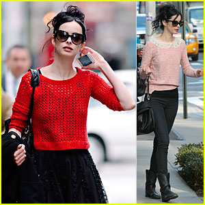 Krysten Ritter: Text Messages in New York!