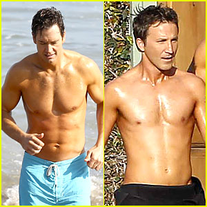 Mark-Paul Gosselaar & Breckin Meyer: Shirtless 'Franklin & Bash' Duo