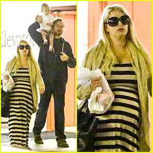 Pregnant Jessica Simpson & Eric Johnson: Doctor's Office with Maxwell!