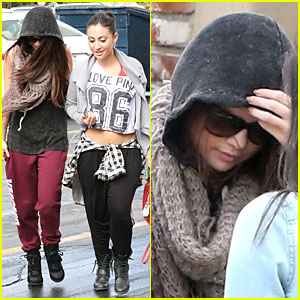 Selena Gomez: Dance Studio with Francia Raisa!