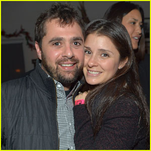 Shiri Appleby couple