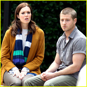 Ben McKenzie & Mandy Moore: 'The Advocates' Pilot Set!