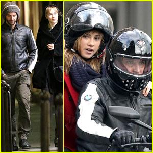 Bradley Cooper & Suki Waterhouse: Parisian Pair!