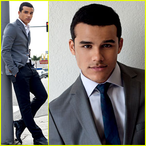 Jacob Artist: 'Da Man' Magazine Fashion Feature!