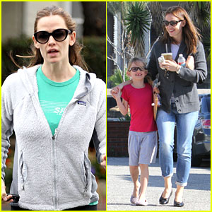 Jennifer Garner: McDonald's Happy Meals with Violet!