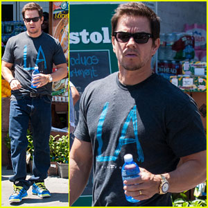 Mark Wahlberg: I Don't Like Spray Tans!