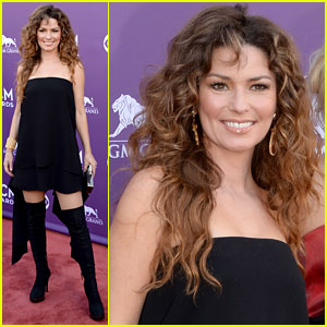 Shania Twain - ACM Awards 2013 Red Carpet