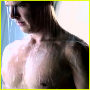 Benedict Cumberbatch: Deleted Shirtless Shower Scene for 'Star Trek'! (Video)