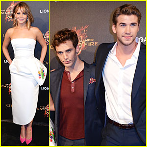 Jennifer Lawrence &amp;amp; Liam Hemsworth Almost Catch Fire in Cannes - Literally! 