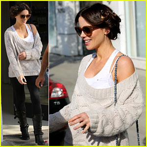 Kate Beckinsale: Byron & Tracey Salon Visit