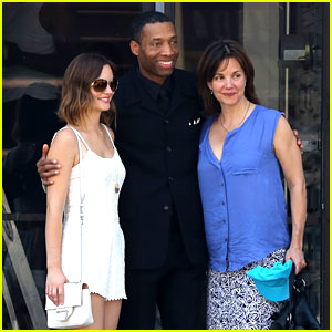 Leighton Meester: Mother's Day with 'Gossip Girl' Mom!
