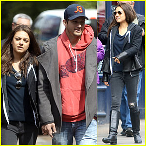 Mila Kunis & Ashton Kutcher: London Coffee with the Parents!