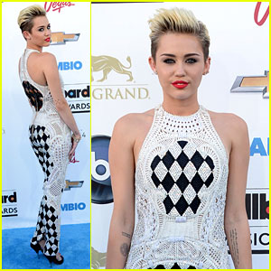Miley Cyrus - Billboard Music Awards 2013 Red Carpet