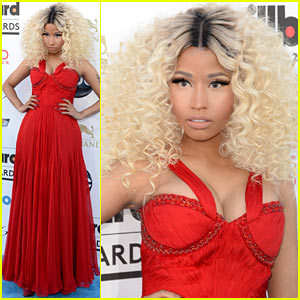 Nicki Minaj - Billboard Music Awards 2013 Red Carpet