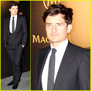 Orlando Bloom: Magnum Pink-Black Party!