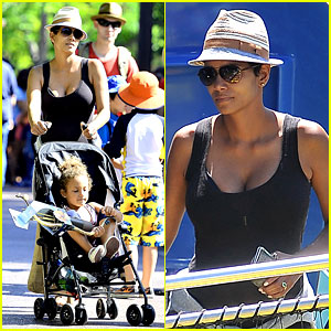 Pregnant Halle Berry: Disneyland Weekend Trip with Nahla!
