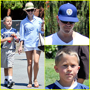 Reese Witherspoon & Jim Toth: Deacon's May Soccer Game!