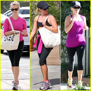 Reese Witherspoon Keeps it Fit with Daily Brentwood Workouts!