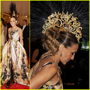 Sarah Jessica Parker - Met Ball 2013 Red Carpet