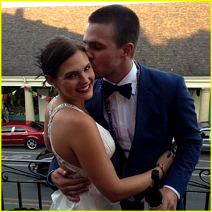 Stephen Amell & Cassandra Jean Have Second Wedding