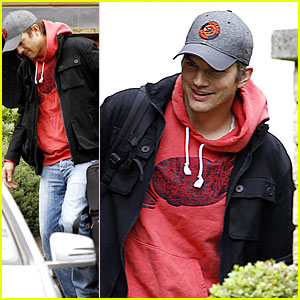 Ashton Kutcher Heads to Heathrow for Flight Out of London