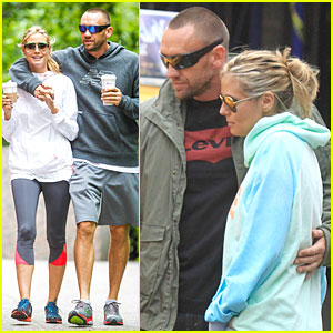 Heidi Klum & Martin Kirsten Hold Hands During NYC Run!