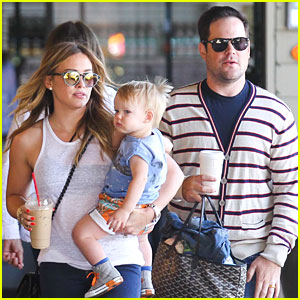 hilary duff amp mike comrie father�s day weekend with luca