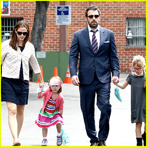 Jennifer Garner & Ben Affleck: Star Eco Station with the Girls!