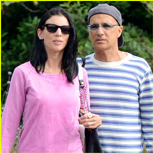 Liberty Ross & Jimmy Iovine Shop Designer Brands in Malibu