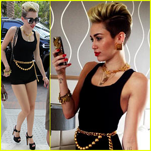 in Miami Beach! | Miley Cyrus, Noah Cyrus, Tish Cyrus : Just Jared