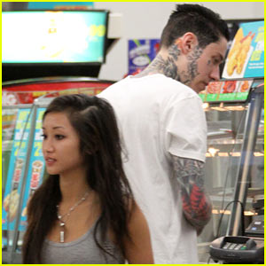 Brenda Song  amp Trace Cyrus Trace Cyrus And Melissa Marie