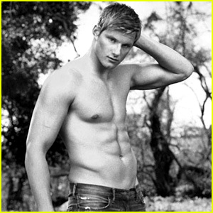 Alexander Ludwig: Shirtless 'Abercrombie & Fitch' Campaign!