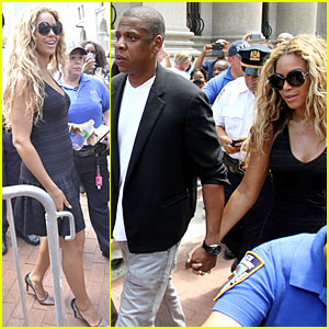 Beyonce & Jay-Z: Trayvon Martin Rallying Couple!