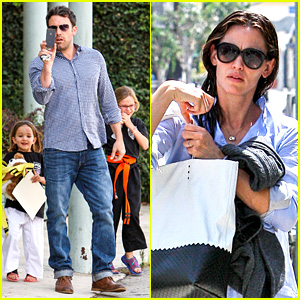 Jennifer Garner & Ben Affleck Take the Girls to Karate Class