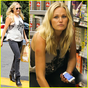 Malin Akerman Grabs Groceries at Gelson's